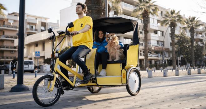 Bisiklet taksi girişimi Kanguru Karşıyaka'da faaliyete başladı