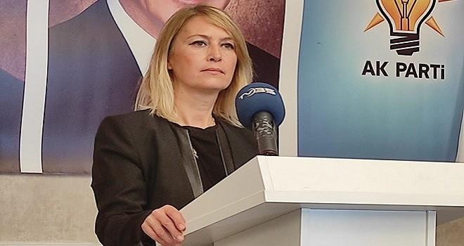 Ak Parti Karşıyaka başkanı Keseli, Karşıyaka Belediyesi'ne 2 yılı sordu...