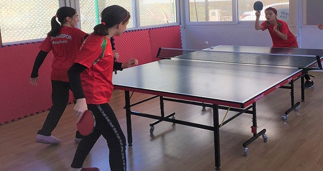Bostanlıspor Masa Tenisi'nde çıtayı yükseltti
