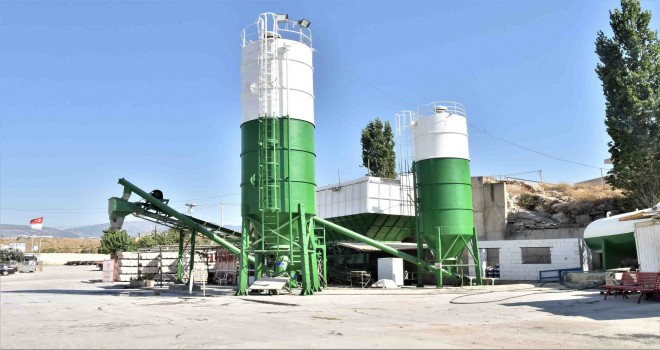 Bornova Belediyesi kendi betonunu üretmeye başladı