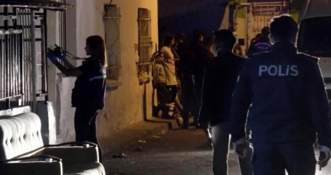 Karşıyaka'da pompalı tüfekle vurulan Demet kurtarılamadı