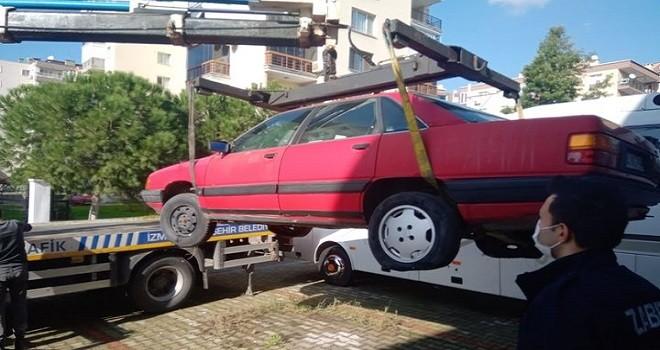 Hurda araçlar kaldırılıyor...