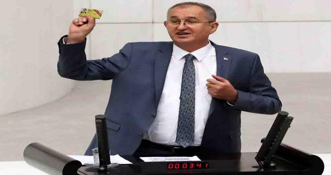 CHP'li Sertel: Gazeteciler işsiz, tutuklu ve ağır baskı altında