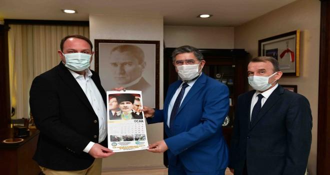 İzmir Servisçiler Odası'ndan Başkan Gümrükçü'ye teşekkür ziyareti