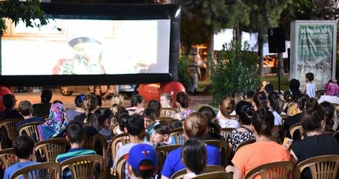 Nostaljik Açıkhava Sinema Günleri Bornova'da başlıyor