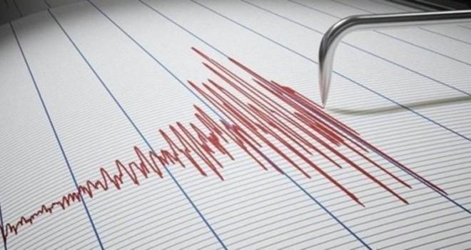 İzmir'de deprem...