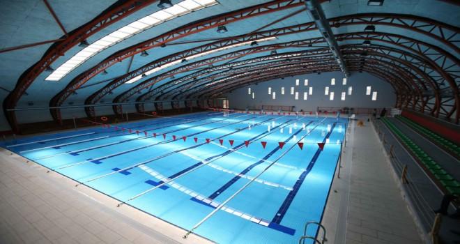 Karşıyaka'ya iki yeni yüzme havuzu yapılacak