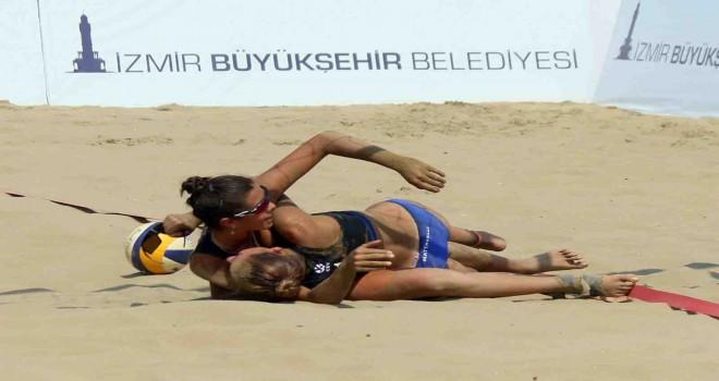 U-18 Avrupa Plaj Voleybol Şampiyonası'nda son dört belli oldu