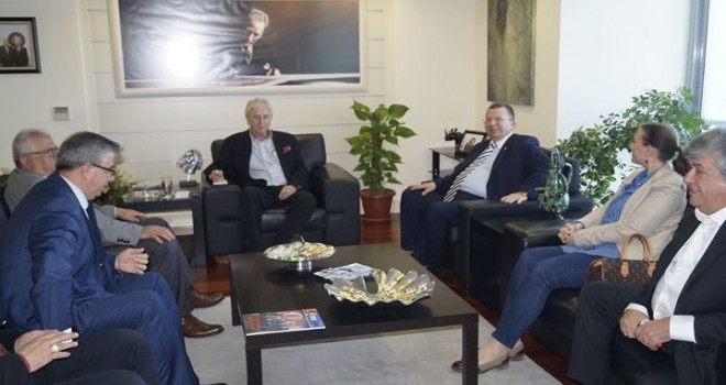 Demokrat Parti İzmir Büyükşehir Belediye Başkan Adayı Ülük'ten EBSO'ya ziyaret