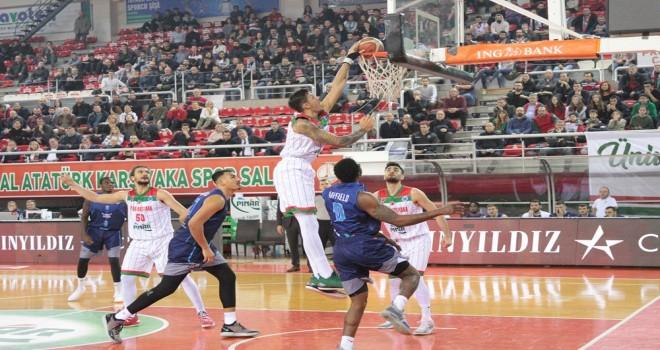 Pınar Karşıyaka 200. maçını farklı kazandı