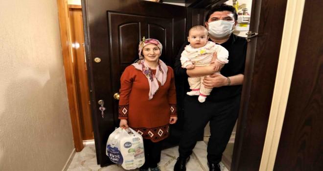 Bebekli ailelere ilk hediye Buca Belediyesi'nden