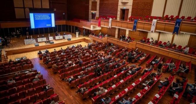 İzmir Büyükşehir Belediyesi Meclisi'nin Şubat ayı birinci birleşimi gerçekleşti
