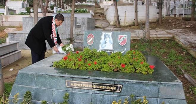 Dr. Cemil Tugay, Zühtü Işıl'ın mezarını ziyaret etti