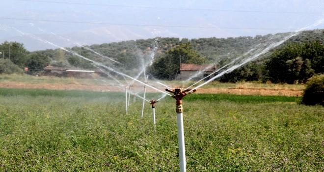 Aktaş Barajı'ndan Ödemiş Ovası'na su verildi