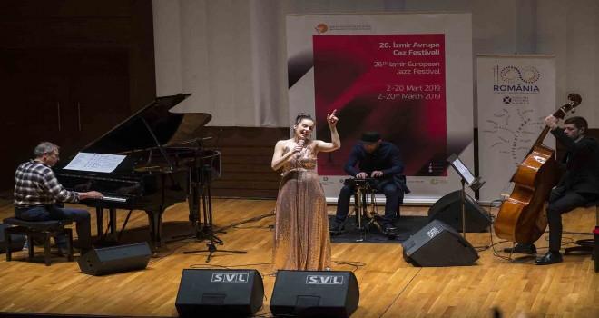 İzmir Avrupa Caz Festivali'nde Irina Sarbu farkı