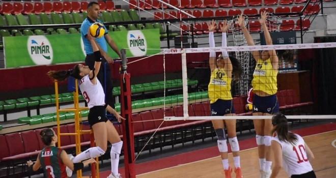 Karşıyaka Fenerbahçe'ye şans tanımadı