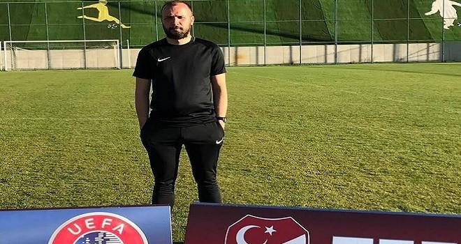 Bostanlıspor futbol antrenörü Oral, UEFA B Lisans Kursunda...