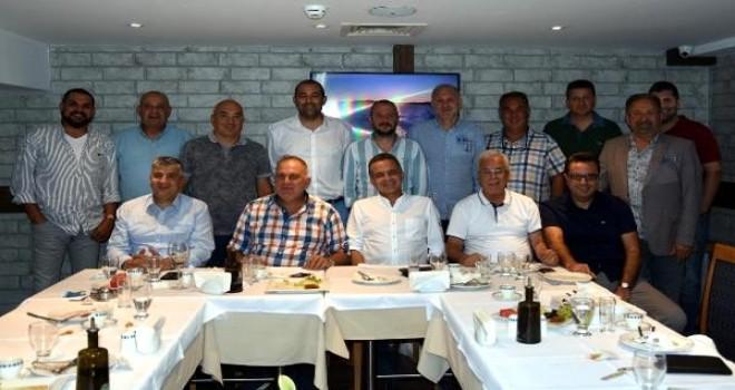 KSK eski ve yeni yöneticilerinden 500 kombine
