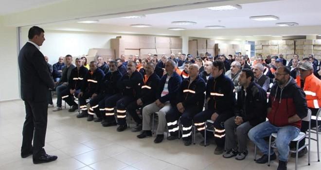 Dr. Tugay Karşıyaka Belediyesi işçileriyle bir araya geldi