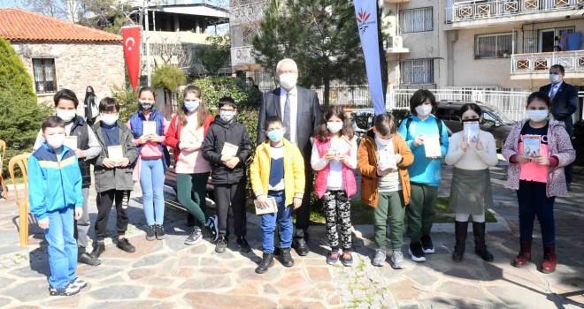 Karabağlar'da 7 yıldır eğitime tam destek