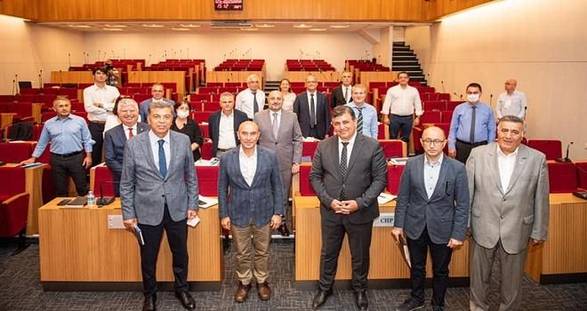 İzmir Büyükşehir'e Karşıyaka projeleri anlatıldı