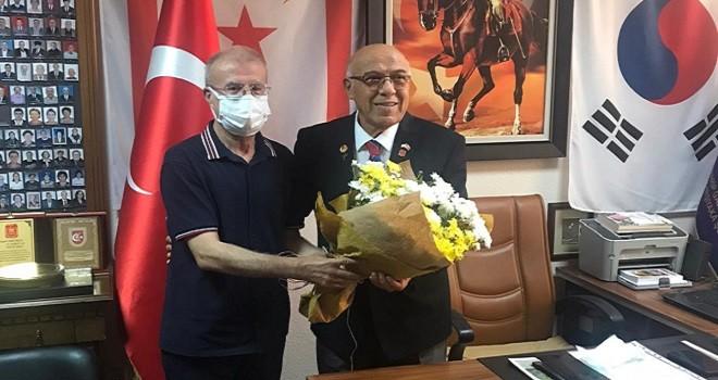 Müftü Gürler Muharip Gaziler Derneği'ni ziyaret etti