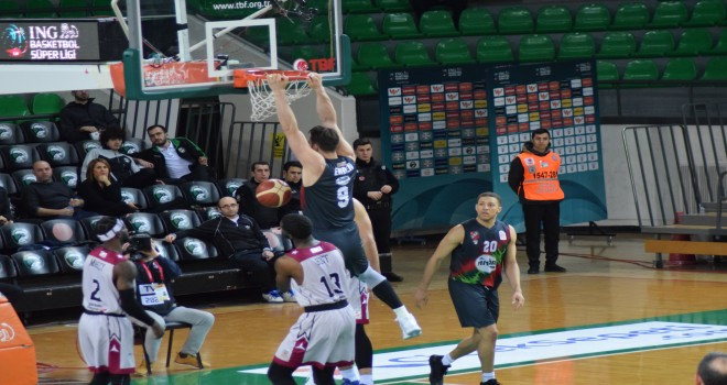 Pınar Karşıyaka, Sigortam.net İTÜ Basket'e takılmadı