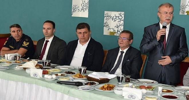 Başkan Tugay'dan Din görevlilerine kahvaltı...