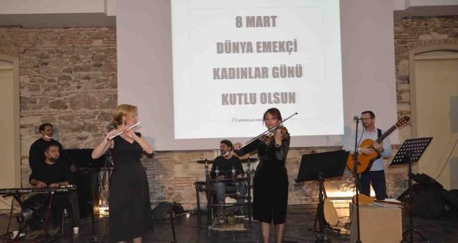 Emekçi kadınlar anısına konser verdiler