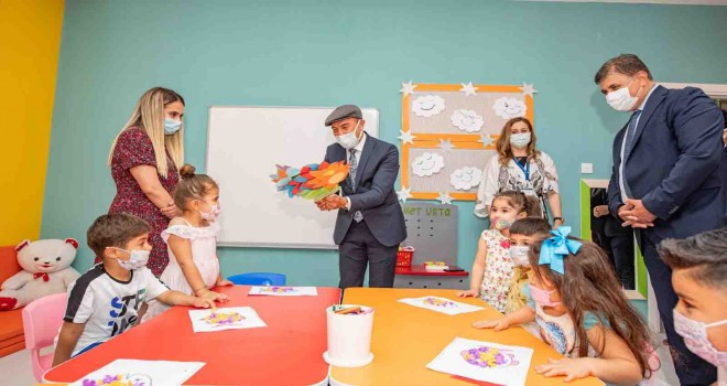 Türkiye'ye model olacak Örnekköy Sosyal Projeler Yerleşkesi açıldı