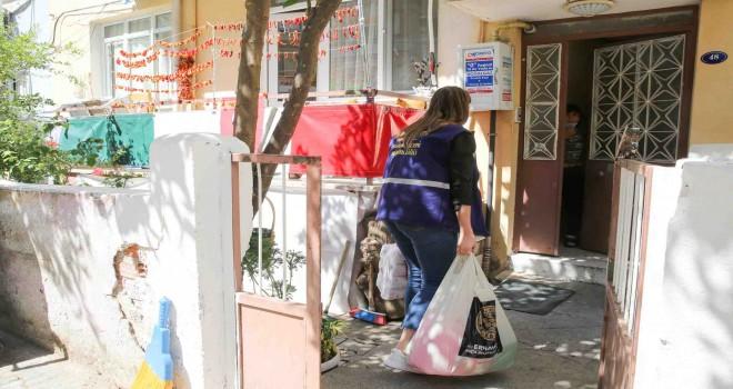 Buca'da 5 bin aileye temizlik paketi