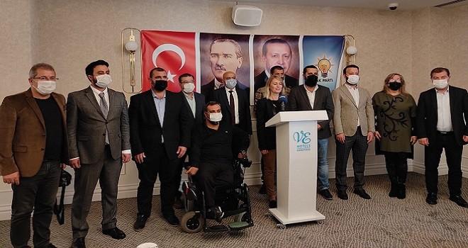 Ak Parti Karşıyaka İlçe Başkanı: Karşıyaka'da battı var, çıktı yok!