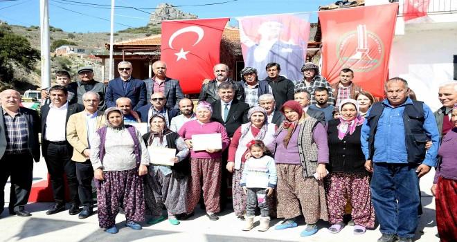 Karşıyaka'daki arıcılık eğitimlerinde ilk etap tamamlandı