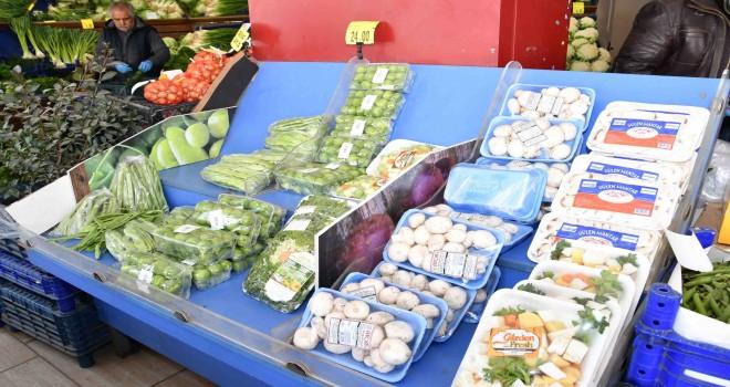 Narlıdere'de virüse karşı açıkta satış yasak