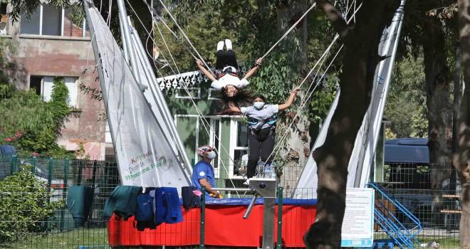 Planetaryum ve Macera Parkı Karşıyaka'ya heyecan kattı