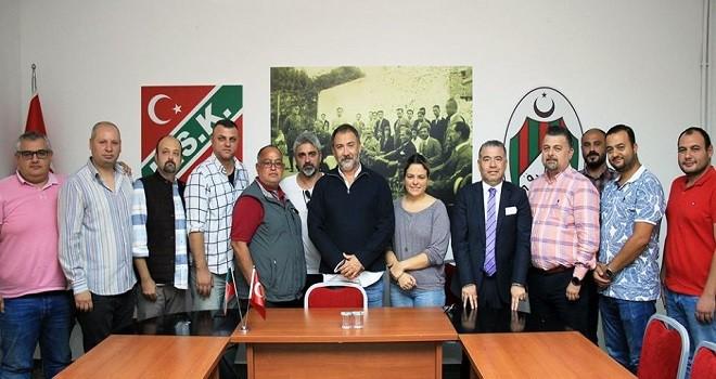 Karşıyaka Futbol Şubesi'ne yeni yönetim...