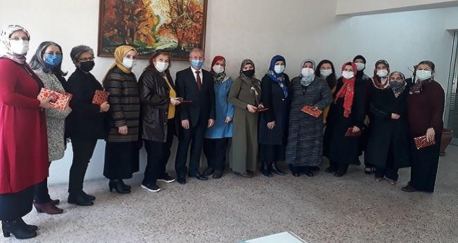 Karşıyaka Müftülüğü 18 Mart için şiir yazma yarışması düzenledi