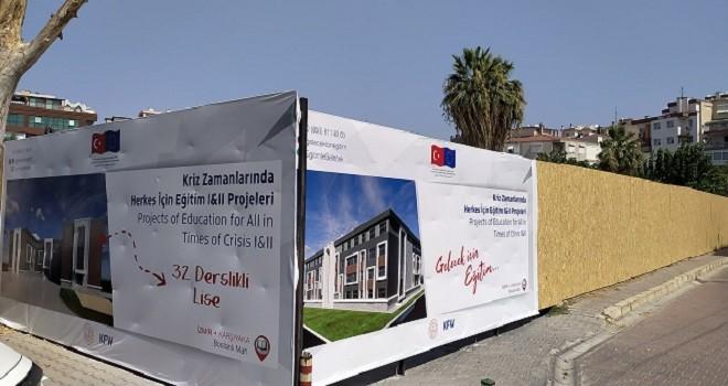 CHP Karşıyaka'dan: Mülteci okuluna dur de...