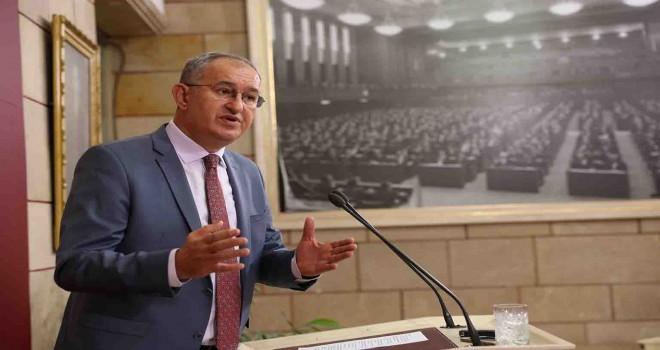 CHP'li Sertel: İzmir kırmızı alarm veriyor
