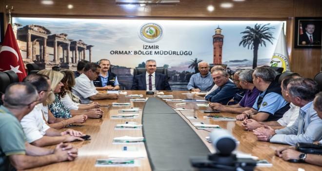 İzmir'in yeni Orman Bölge Müdürü Derince göreve başladı