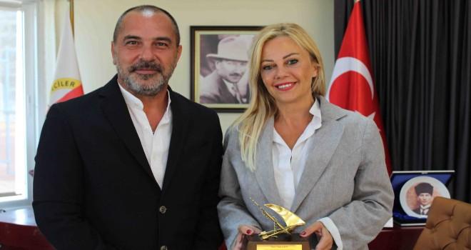 Başkan Öztürk'ten İGC'ye ziyaret
