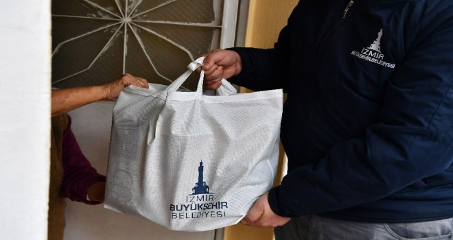 Büyükşehir'den ihtiyaç sahibi 55 bin aileye erzak ve nakit yardımı