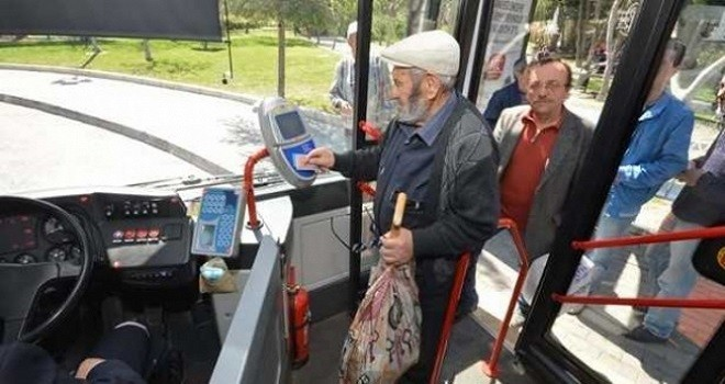 İzmir'de 65 Yaş üstü kartlar geçici olarak durduruldu