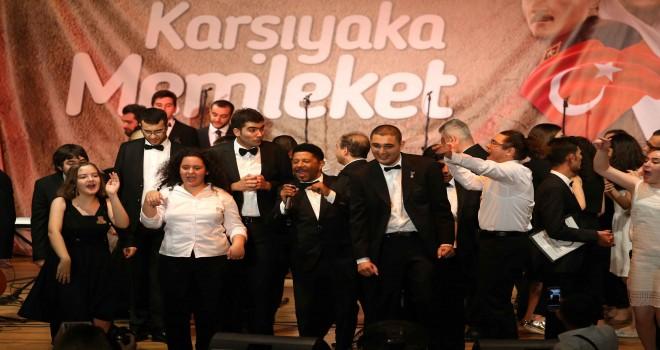 En büyük otizm korosu anneler için Karşıyaka'da sahnede