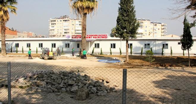 Karşıyaka Devlet Hastanesi yerine prefabrik poliklinik