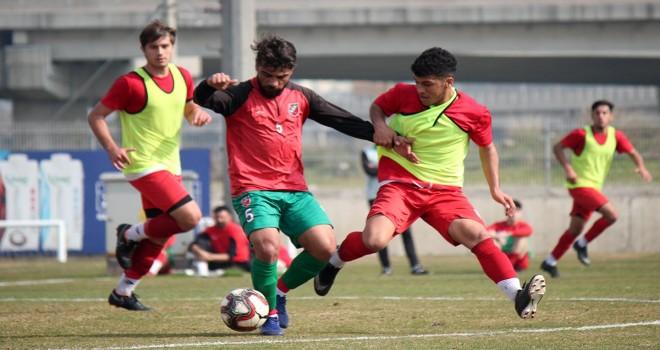 Karşıyaka U19'a fark yaptı...