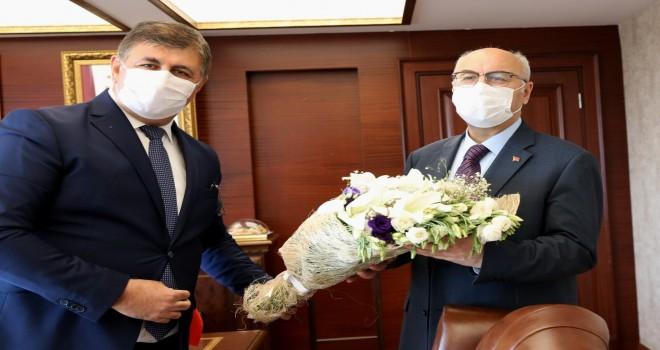 Başkan Tugay, Vali Köşger'i ziyaret etti
