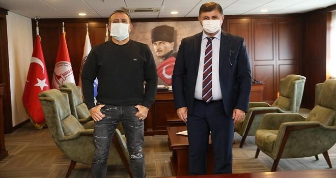 Haluk Levent Başkan Tugay'ı ziyaret etti