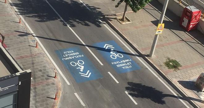 Karşıyaka'da bisiklet ile paylaşımlı yollar