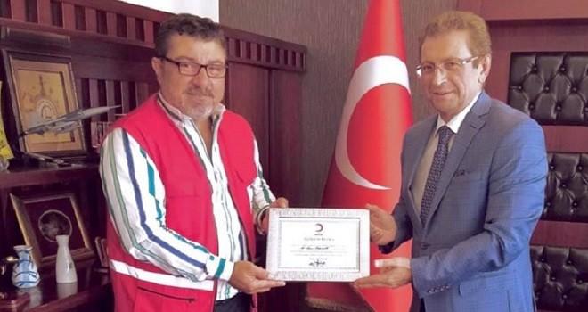 Türk Kızılay Karşıyaka Başkanı Karadeniz: Olmayanla paylaş…